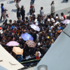 Quelques vues de la foule depuis le Pavillon France…
