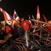 Quelques nouvelles de Bangkok… Le Dusit Thani en première ligne…
