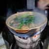 Street Food – un Hot pot à Canton – la surprise ( et le bonheur ) est au bout des baguettes !