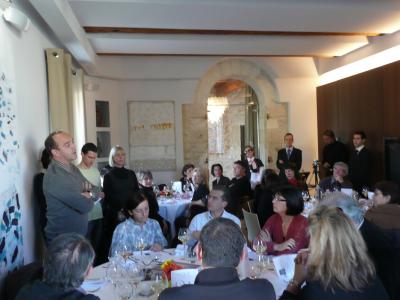 Pierre Mestre, propriétaire des lieux,  présentant ses idées futures pour Verchant