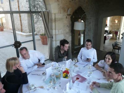 Déjeuner largement commenté à table....