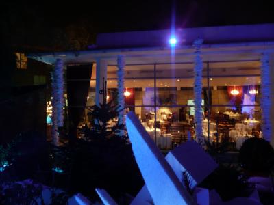 La salle de restaurant vue du Jardin