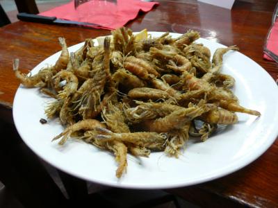 Des crevettes grises, justes frites avec un trait de citron ! hummmm