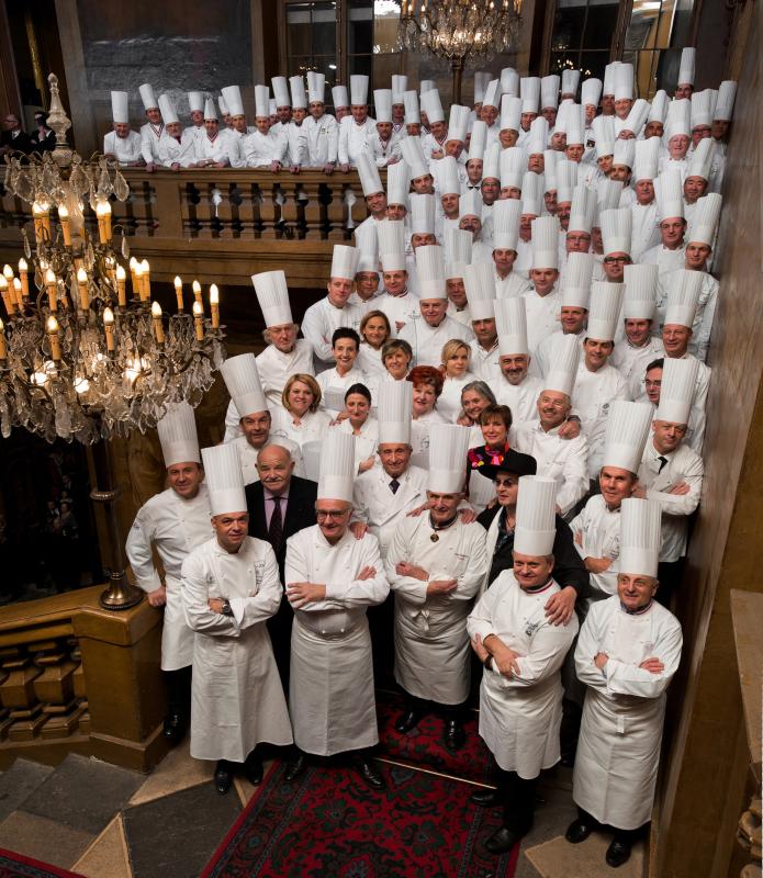 Le d ner des grands chefs du monde lyon chefs pourcel blog - Restaurant tout le monde a table lyon ...
