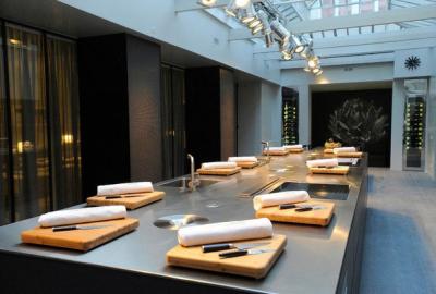 Cyril lignac ouvre son atelier de cuisine chefs pourcel blog - Poste de chef de cuisine ...