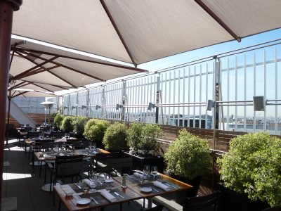 Maison blanche paris destination terrasse chefs for Restaurant paris terrasse jardin
