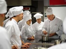 Au pays basque espagnol la gastronomie se pose comme arme for Trouver un stage en cuisine