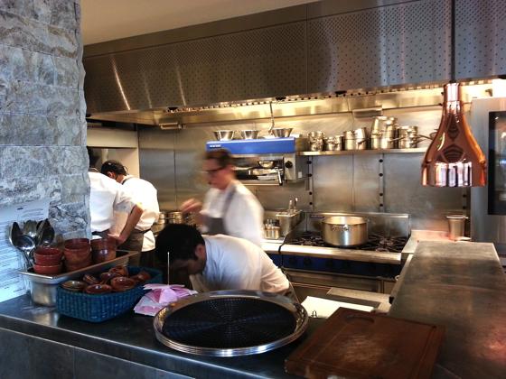 Andina cuisine p ruvienne la vague touch londres for Cuisine ouverte restaurant
