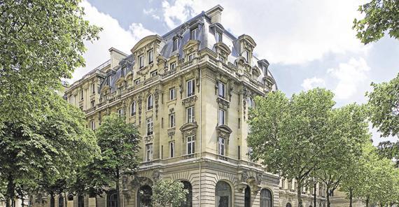 En 2014 a va encore continuer bouger dans les palaces parisiens chefs p - La vie dans les palaces parisiens ...