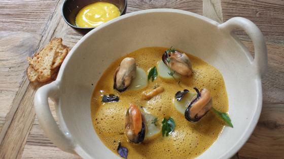 recette de la semaine soupe de poissons de roche comme chez nous chefs pourcel blog. Black Bedroom Furniture Sets. Home Design Ideas