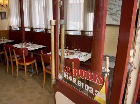 Conde nast traveller classe les meilleurs restos de paris for Restaurant poisson salon de provence