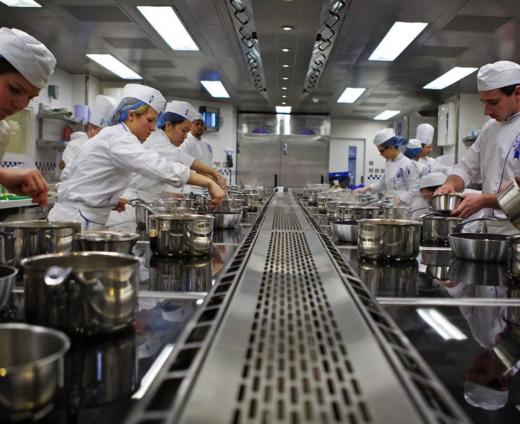 L cole de cuisine fran aise et d h tellerie cordon bleu for Ecole superieure de cuisine francaise