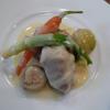Blanquette de veau à l'ancienne, petits légumes glacés à blanc.