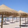Un regard économique sur les paillotes, restaurants de plage ou plages privées.