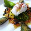 Recette de la semaine : Filet de lotte poché, spaghettis de courgette à la menthe, vierge d'agrumes aux olives et moules gratinées aux herbes